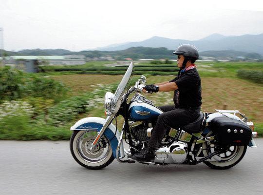 정치학자 한명수 오토바이