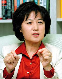'민주세력 통합' 깃발 든 전 의원 추미애