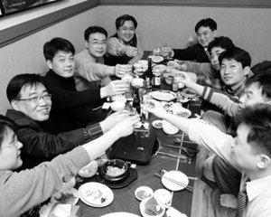 '민주화 20년' 맞는 고려대 사학과 87학번의 인생 변주곡