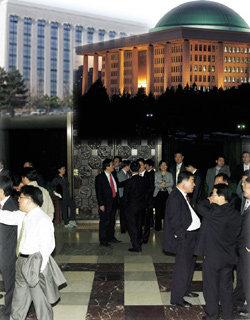 '인간 애니콜'들의 각개전투장, 국회  의원회관  24시
