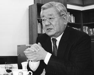 신군부 동명목재 몰수 27년, 강정남 동명문화학원 이사장의 격정 토로