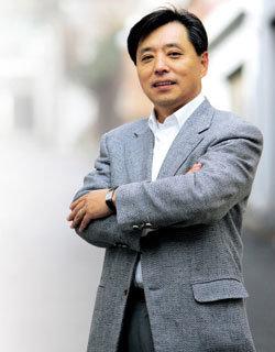 총선 출마하는 '김우중의 입'  백기승