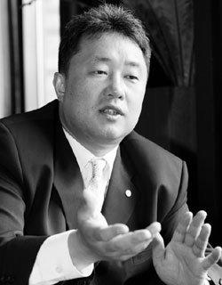 '우승 제조기' 원주  동부프로미 전창진 감독의 '인간관리학'