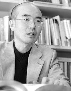 화제의 책 '진상(眞相)' 펴낸 고미술 감정가 이동천