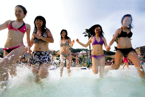 Cooool 한 여름 부르는 비키니 미녀들의'So Hot'패션