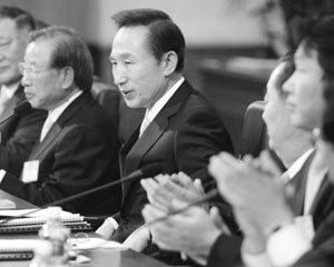 실종된 이명박 대통령 경제 리더십