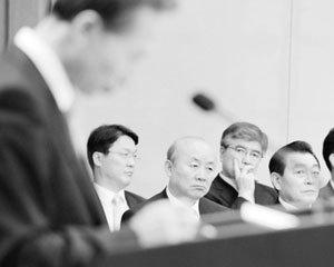 이명박 정부 외교안보 라인 180일 막전막후