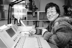 '아이 같은 아저씨' 김창완이 말하는 삶과 행복, 그리고 음악