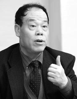 첫 중국인 난민 우전룽