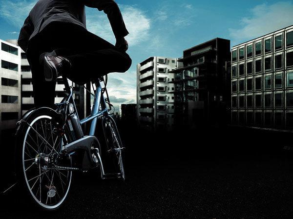 요즘 멋쟁이는 자전거로 출근한다