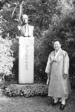 겸재 정선 연구에 40년 바친 최완수 간송미술관 실장
