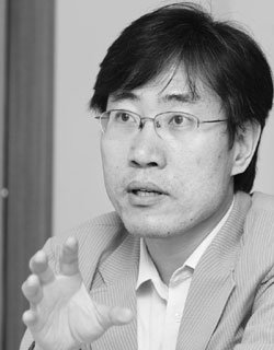 세계 언론이 주목한 북한 뉴스 생산자 하태경