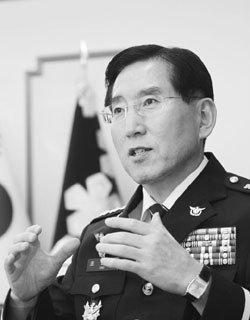 '성과주의 전도사' 조현오 서울경찰청장의 소신
