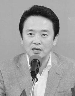 '총리실 불법사찰대상' 남경필 의원 부인, '의문의 행적'