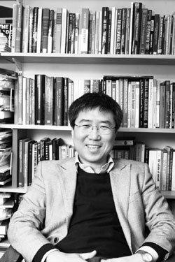 '논쟁적 경제학자' 장하준 교수의 쾌도난마