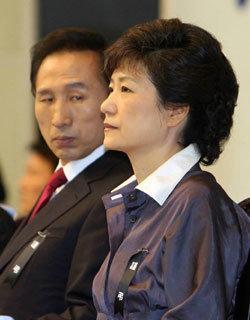 박근혜는 정치개혁 실험 중
