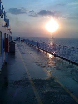 서해 혹은 황해라고 불리는 바다
