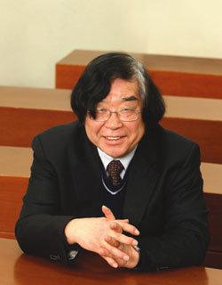 경희대 후마니타스 칼리지 대학장 도정일