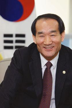 신임 국가보훈처장 박승춘