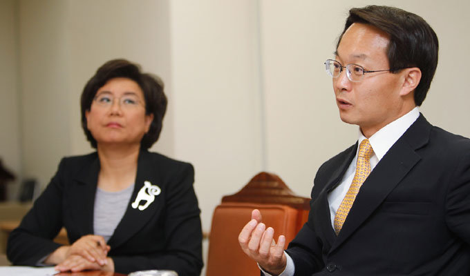 이명박·이재오·박근혜계 의원 3인의 심야 설전