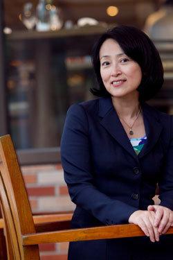 세계 명문 스위스 IMD(국제경영개발원) 최초의 한국인 교수 로사 전