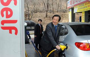 """""""면밀한 검토·사전조율 없는 油價정책이 불신 불렀다"""""""