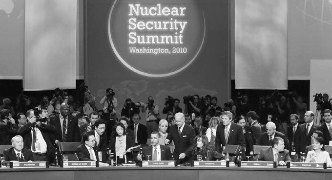 오바마가 이끌고 이명박이 미는 사상 최대의 정상회의