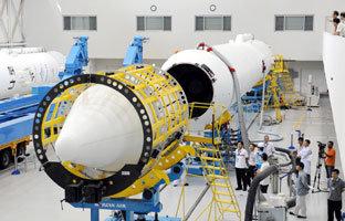 우주 점화 성공시킨 한국 최초의 고체로켓