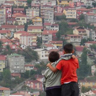 언어장벽·따돌림 학교 밖 떠도는 아이들