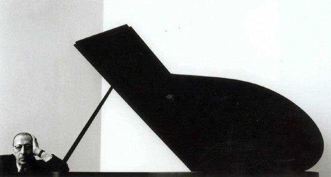 현대음악의 차르 이고르 스트라빈스키