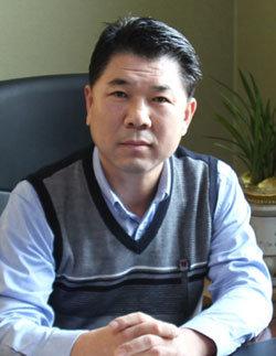 """""""스타 강사들의 명강의 25년 전통의 입시 명문"""""""