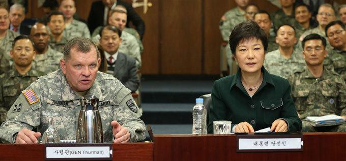 """""""박근혜, 연합사령관의 조인트를 까라""""(前 해참총장)"""