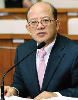 검사 출신 첫 헌법재판소장  박한철