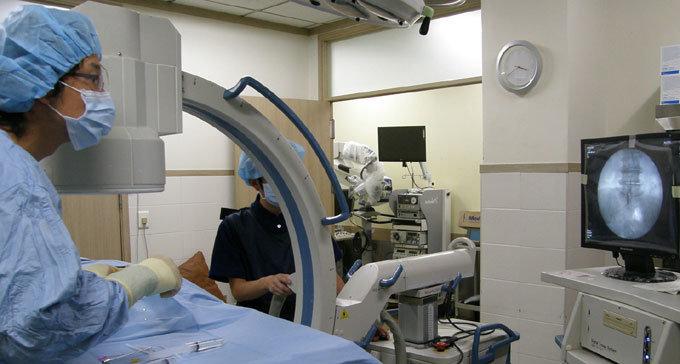 신경성형술로 수술 없이 치료