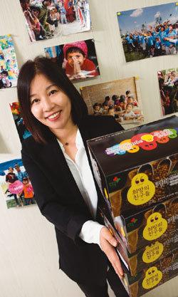 커피 판매 수익으로 네팔에 보건소 건립한 희망의친구들문화사업단장 곽연숙