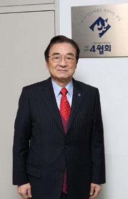 4·19 정신 계승 앞장 '4월회' 회장 김정길