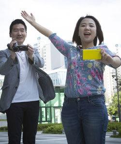 이산가족 다큐 '다녀오겠습니다' 만든 김성범·강희진 tvN PD