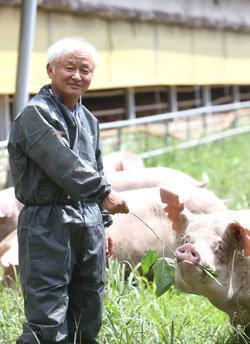 '동물복지' 인증 받은 성지농장 대표 이범호