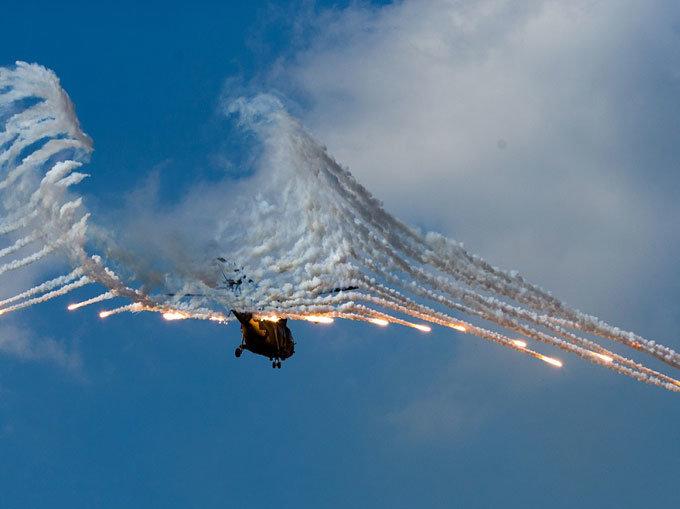 전폭기·헬기·전차 적 후방 릴레이 초토화