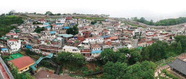 600년 된 성곽과 마을공동체