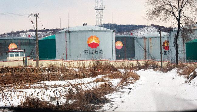 산유국 꿈꾸는 평양 걸림돌은 베이징?