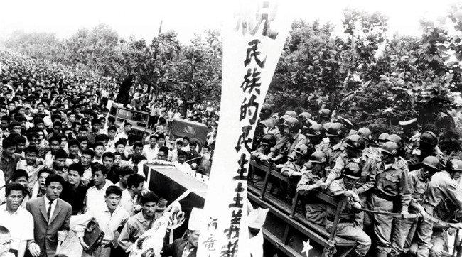 지식인들, 민족주의로 이동하다