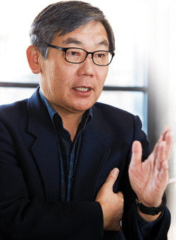 """""""친박도 친노도 무의미,  '가치' 세우는 세력만 살아남는다"""""""