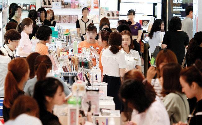 전격 압수수색, 한국면세점협회가 수상해