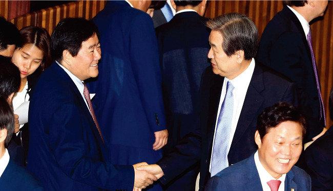 '최경환 당권, 김무성 대권' 흔들