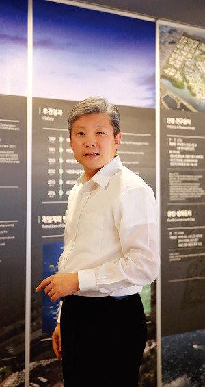'동북아 경제중심지' 건설  새만금, 힘차게 날아오르다