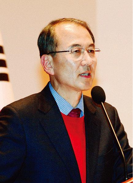대구시·경북도의 수상한 보조금 - '박정희' '새마을운동'  묻지 마 지원