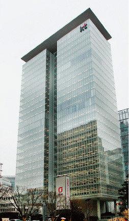 포스코·KT·우리은행… 그들이 수장을 연임시킨 속사정