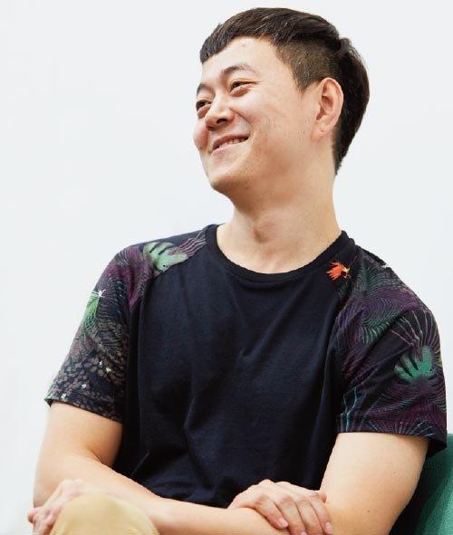 인터뷰   미디어아티스트 문준용 예술가로 '비행'하는 대통령 아들