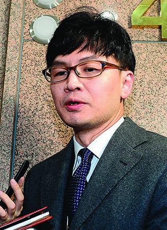 喜 특검 검사들 서울중앙지검으로 헤쳐 모여 | 悲 청년 버핏, 사실은 거짓 버핏